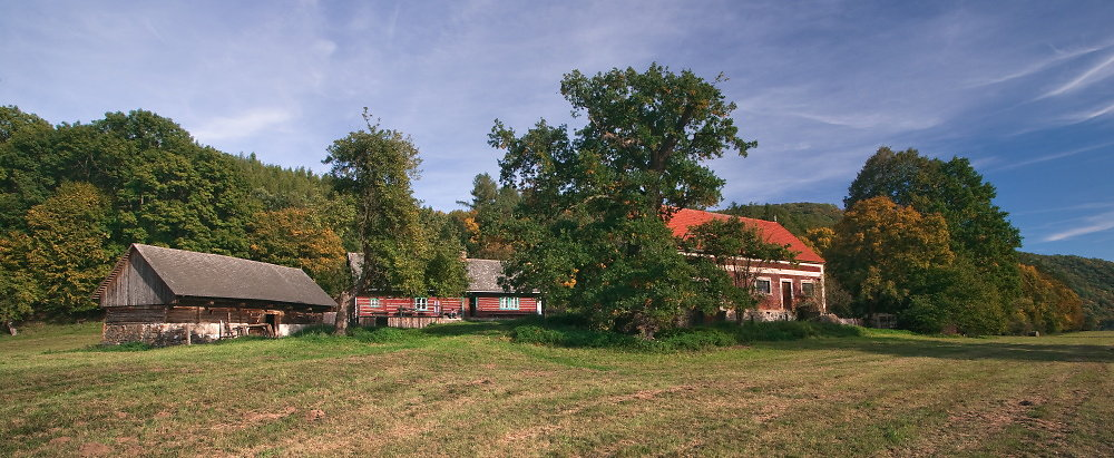 7-Kourimecka-Rybarna-a-Dub-Oty-Pavla-553U3289panorama.jpg